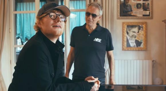 Ed Sheeran con Andrea Boccelli
