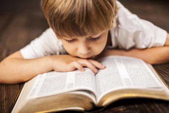 Lo más usual es que la dislexia sea diagnosticada alrededor de los ocho años. Foto: Archivo El País