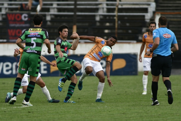 Sud América desciende a Segunda División tras perder ante El Tanque Sisley