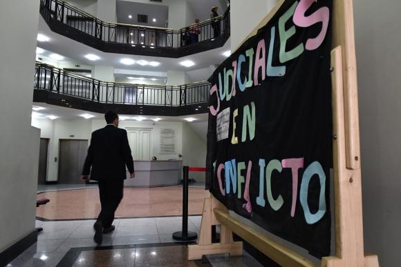 Los fiscales exigen más personal. Negocian nuevas condiciones con la Fiscalía ante el Ministerio de Trabajo. Foto: F. Ponzetto