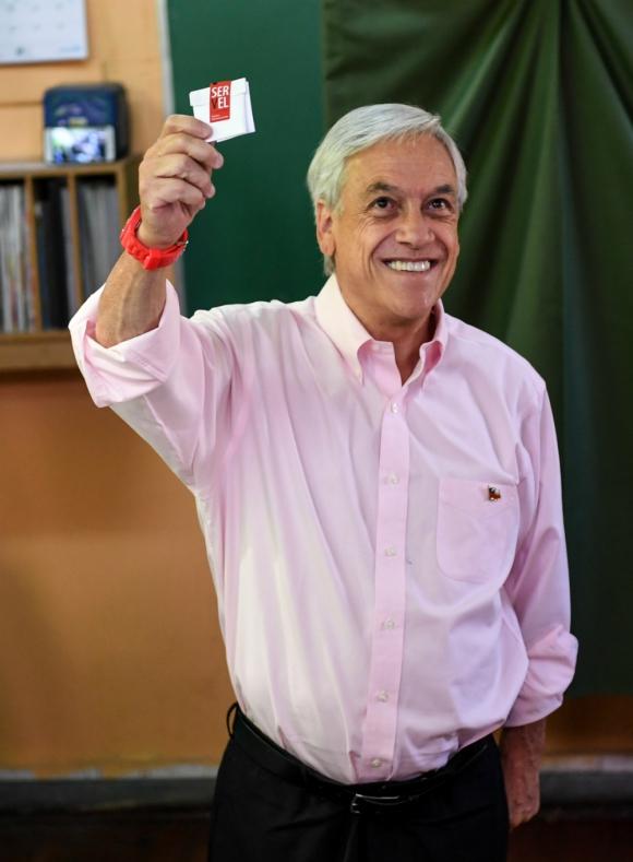 Piñera se perfila como el gran ganador de la jornada electoral. Foto. AFP