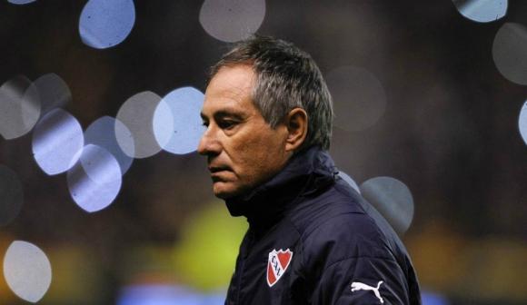 Ariel Holan se despidió de los hinchas de Independiente
