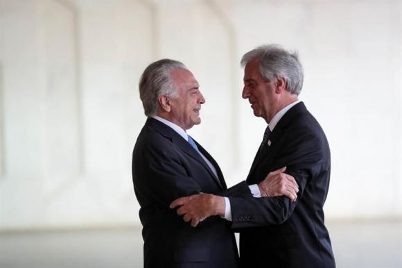 Temer y Vázquez en Brasil. Foto: EFE