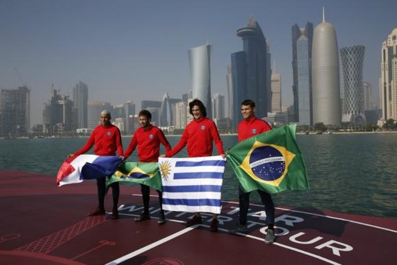 Cavani, Neymar, Mbappe y Thiago Silva en el golfo pérsico