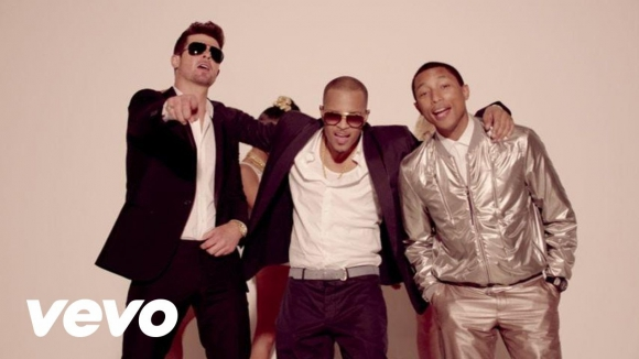 Robin Thicke - Blurred Lines ft. T.I., Pharrell. Foto: difusión