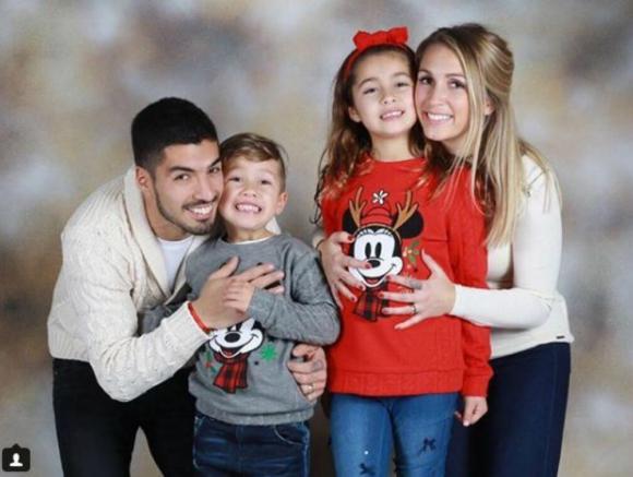 Luis Suárez y su familia