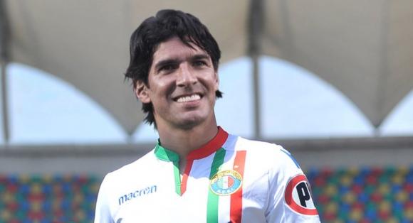 Sebastián Abreu con la camiseta del Audax Italiano. Foto: prensa Audax
