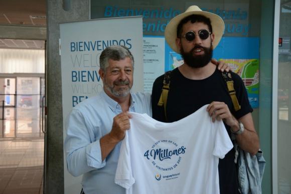 Recepción: el visitante se vio sorprendido ante un recibimiento especial. Foto: @Uruguay_Natural