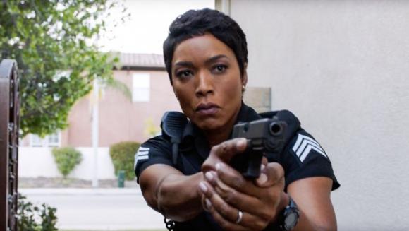 Angela Bassett en 911