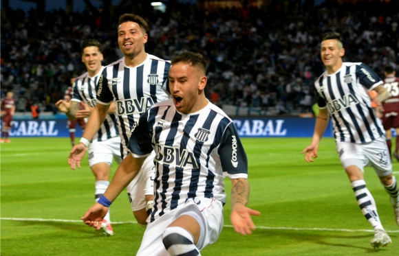 Junior. En Talleres Arias marcó tres goles en 16 partidos.