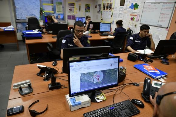 Aunque hay tobilleras en todo el país, el centro de monitoreo es único y está en Montevideo. Foto: F. Ponzetto