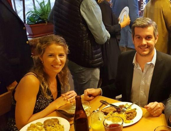 Luciana Mantero cenando con Marcos Peña en el Este. Foto: Facebook Luciana Mantero