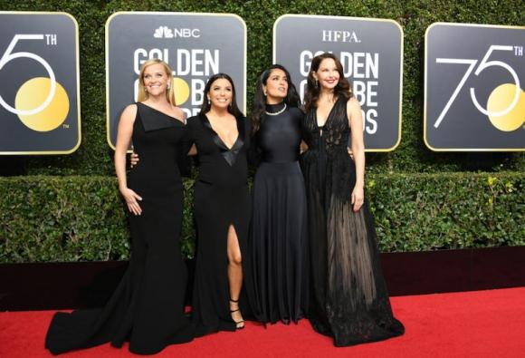Reese Witherspoon, Eva Longoria, Salma Hayek y Ashley Judd Foto: AFP