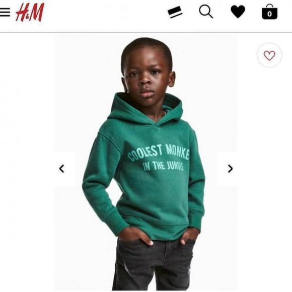 """El canguro de H&M contiene la frase """"El mono más genial de la selva"""". Foto: Captura."""