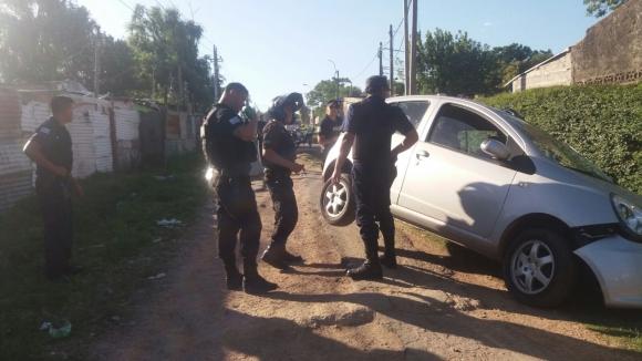Fue un familiar de las víctimas el que dio con el auto robado. Foto: El País