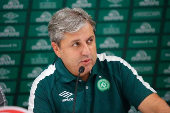 DT. Gilson Kleina continúa siendo el entrenador de Chape.