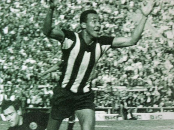 Alberto Spencer en Peñarol. Foto: Archivo El País