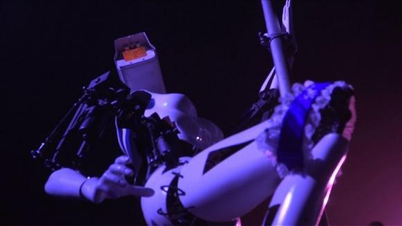 Robobailarinas de poledance animan el CES de Las Vegas