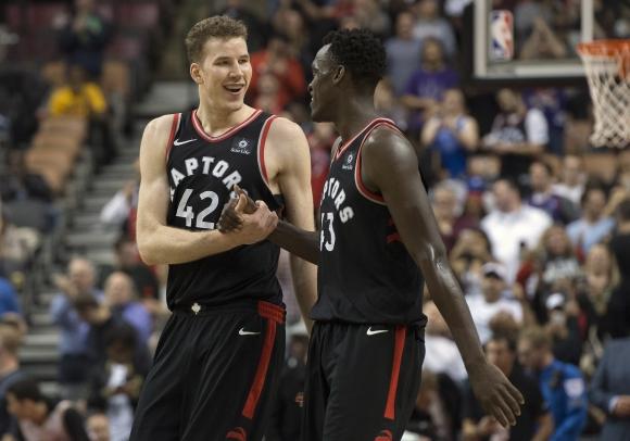 Toronto Raptors y Cleveland Cavaliers. Foto: AFP.
