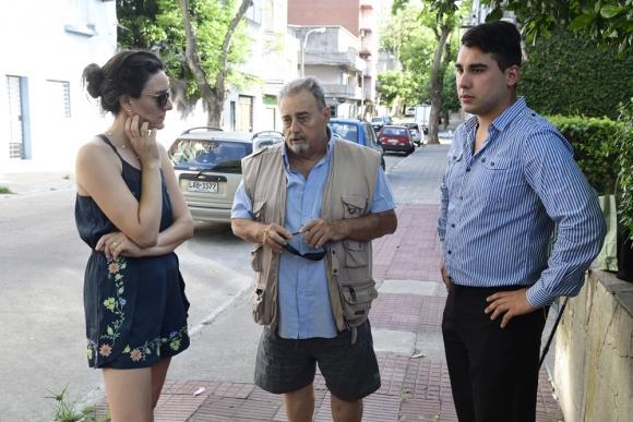 Deudores: Gimena Bas, Enrique Peretti y Matías Moreno, tres de los disconformes. Foto: M. Bonjour