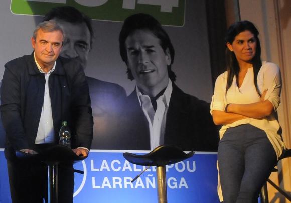 Verónica Alonso y Jorge Larrañaga en la pasada campaña electoral. Foto: Archivo El País