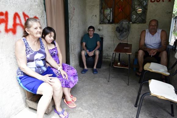 La familia García Albornoz tiene 9 hijos. Nicolás perdió la audición a los 16 y fue implantado 10 años después. Foto: F. Ponzetto