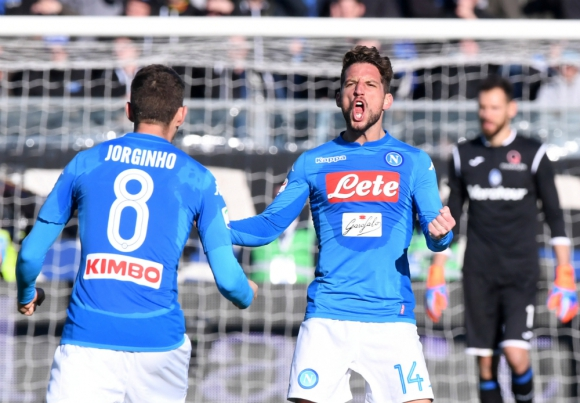 El Napoli asegura el liderato de la Serie A