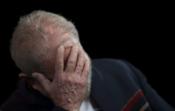 Lula obtuvo el permiso judicial para no concurrir a la audiencia ya que no iba a ser interrogado. Foto: AFP