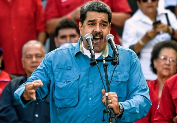 El martes, el presidente dijo estar a la orden para postularse en abril. Foto: AFP