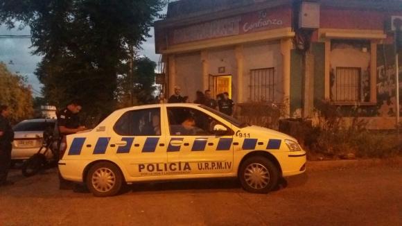 La Policía trabajó en el lugar y espera por autopsia. Foto: El País