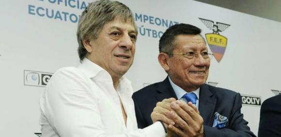 Francisco Casal y Carlos Villacís tras lograr el acuerdo