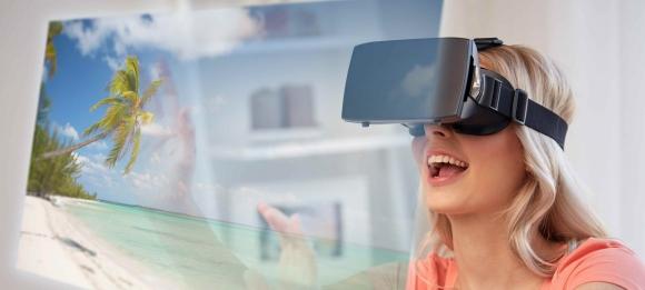 Experiencias. Algunos agentes ya no usan folletos para sino lentes de realidad virtual.