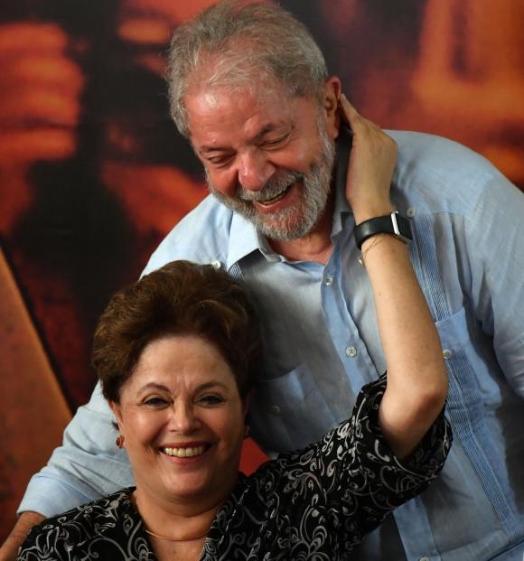 Lula lanzó precandidatura por el PT. Foto: AFP