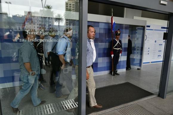 """Los """"autoconvocados"""" se reunieron con Vázquez y con las gremiales del agro. Foto: F. Ponzetto"""