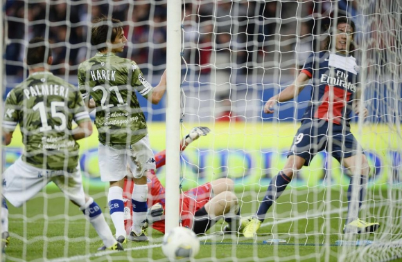 El gol de Cavani contra Bastia en 2013. Foto: AFP