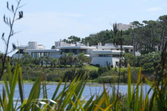 Patrimonio: junto con Casapueblo, Poseidón es una de las construcciones icónicas del este uruguayo. Foto: R. Figueredo