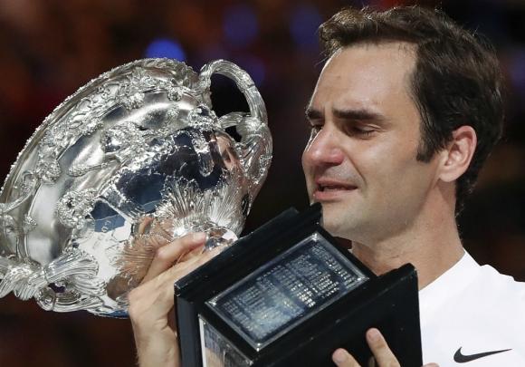 La emoción de Roger Federer en la premiación del Abierto de Australia