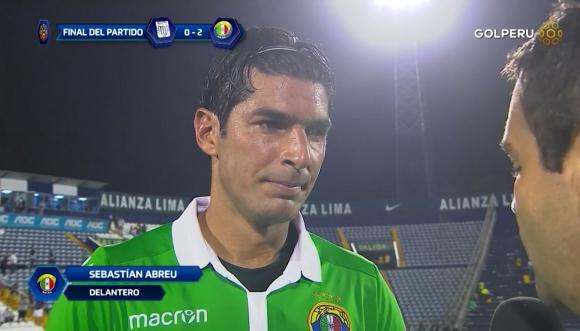 Sebastián Abreu hablando del año que se viene y de Perú