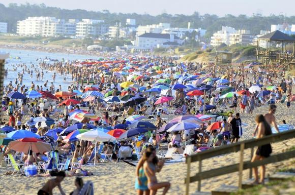 Bacteria provocó tres muertes en las costas de Uruguay
