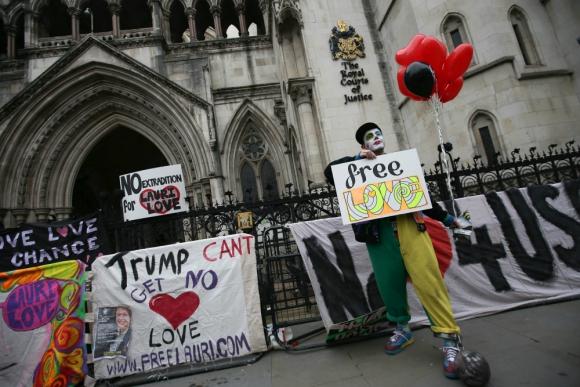 Manifestación contra la extradición de Lauri Love. Foto: AFP.