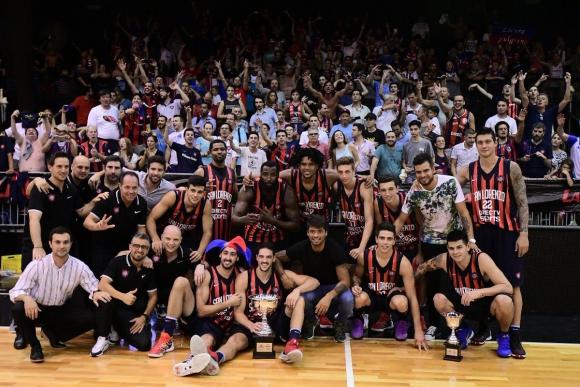 San Lorenzo campeón de la Supercopa de Argentina. Foto: @CASLABasquet.