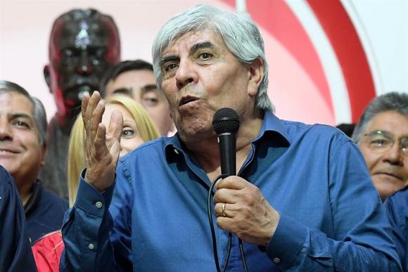 El líder del sindicato de camioneros y actual presidente del club Independiente es investigado. Foto: La Nación / GDA