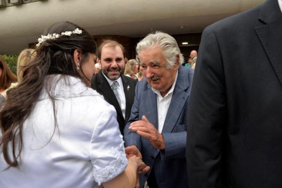 El expresidente José Mujica dijo presente.
