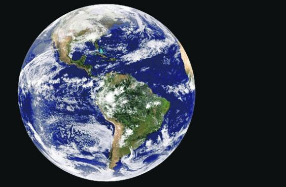 ¿Esfera?: Foto tomada por la misión Apolo 8 de la Tierra a 29.000 kilómetros de distancia. Foto: El País