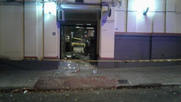 Hicieron explotar un cajero en el Cordón. Foto: @EjercitoUy / Twitter.