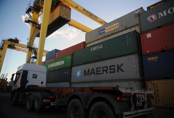 Tránsito: la carga paraguaya es la que más se utiliza en el puerto. Foto: F. Ponzetto
