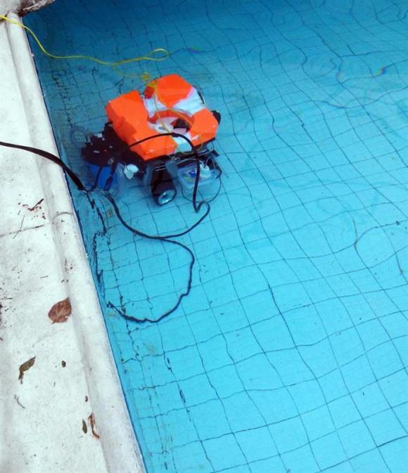 Robot limpia cisternas. Foto: EFE