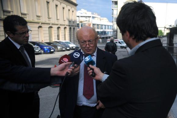 El abogado Juan José Ayala fue acusado ayer por la fiscal Mónica Ferrero. Foto: Fernando Ponzetto