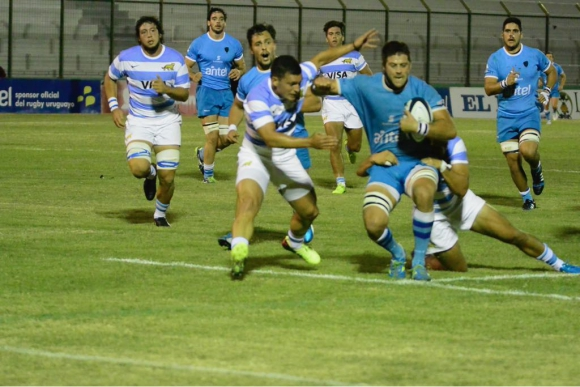 Uruguay vs. Argentina XV en Maldonado. Foto: Ricardo Figueredo.