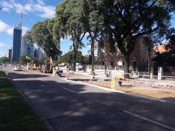 Obras en Bulevar Artigas a la altura de Tres Cruces. Foto: @imtransito